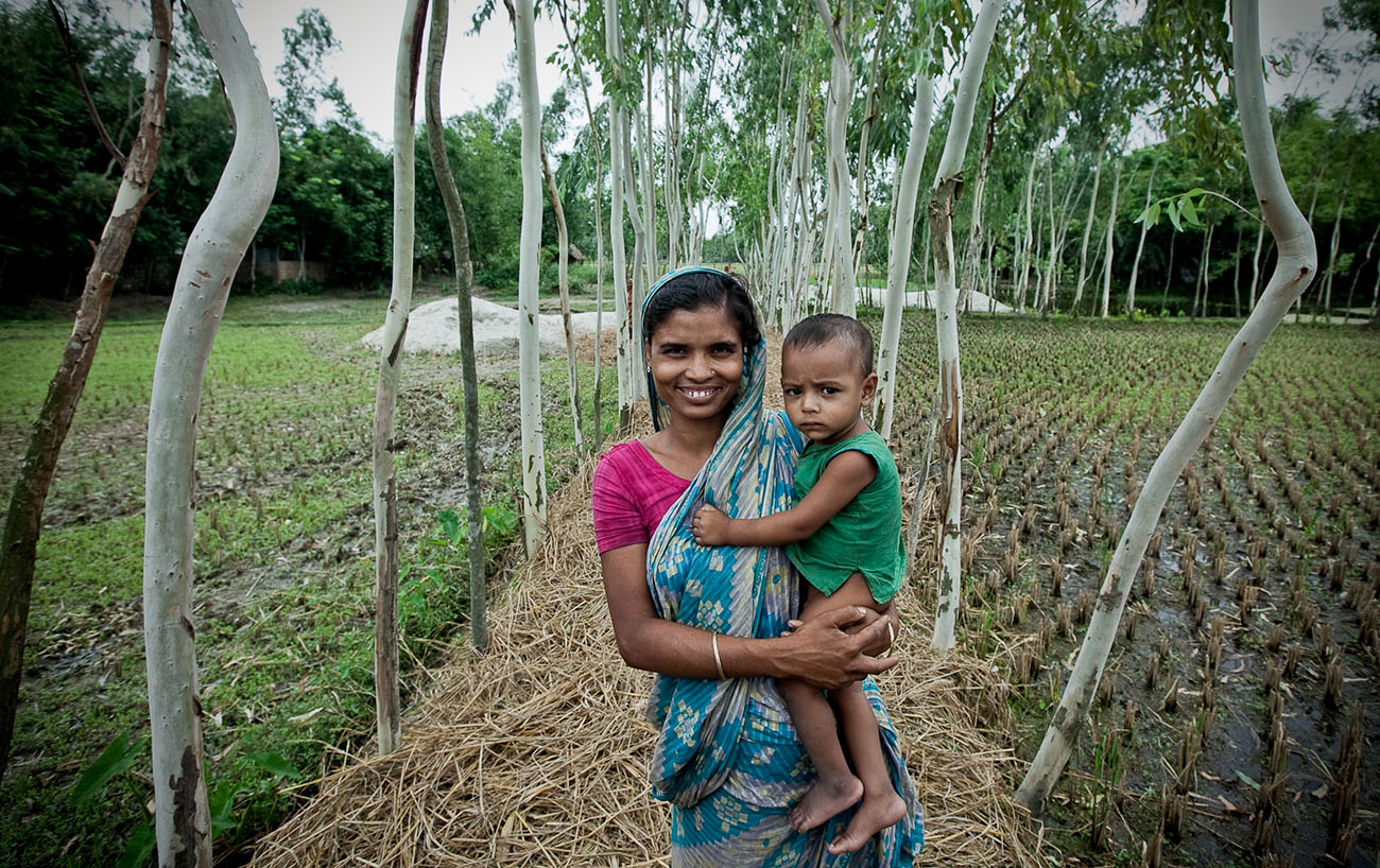 A mother and her child in Bangladesh.