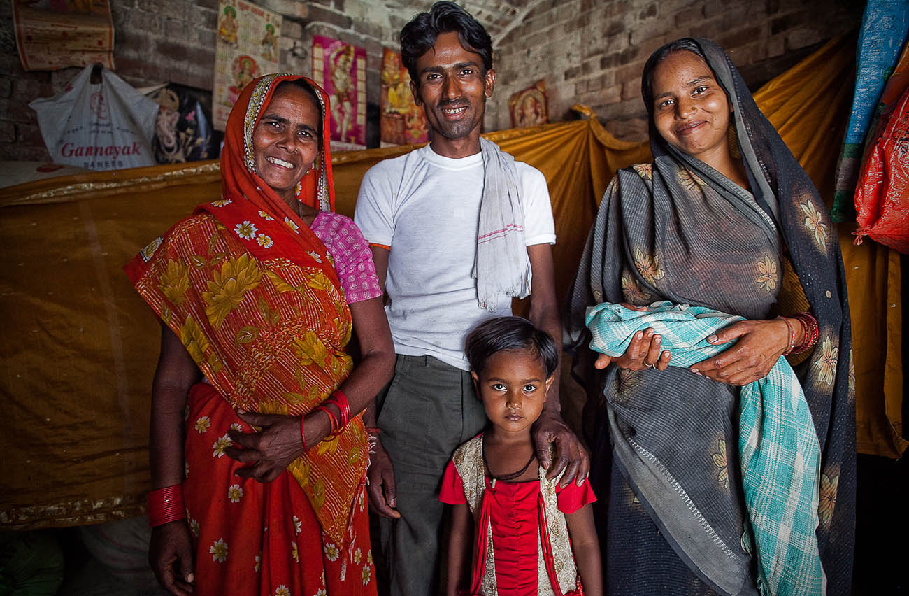 Indian families happy to be receiving maternal care.